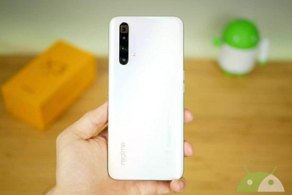 Mise à jour Realme X3, X3 SuperZoom, Samsung Galaxy S9, S9 + et A7 (2018)